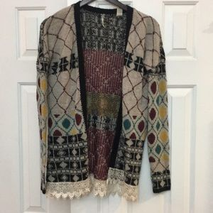 Gorgeous Rare Gimmicks by BKE cardigan sweater